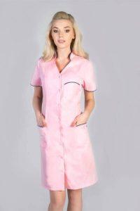 Sukienka medyczna W61 w kolorze pudrowego różu